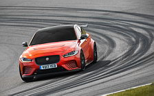 Cars wallpapers Jaguar XE SV Project 8 - 2017