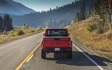 Cars wallpapers Jeep Gladiator Rubicon - 2019